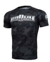 "Rashguard PIT BULL short sleeve ""All Black Camo"""
